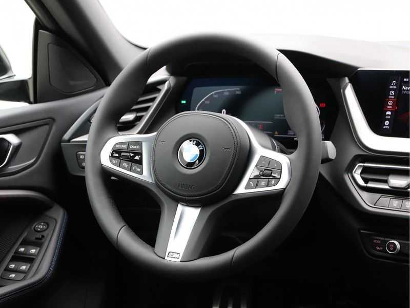 BMW 2 Serie Gran Coupé 218i Exe M-Sport Aut. afbeelding 3