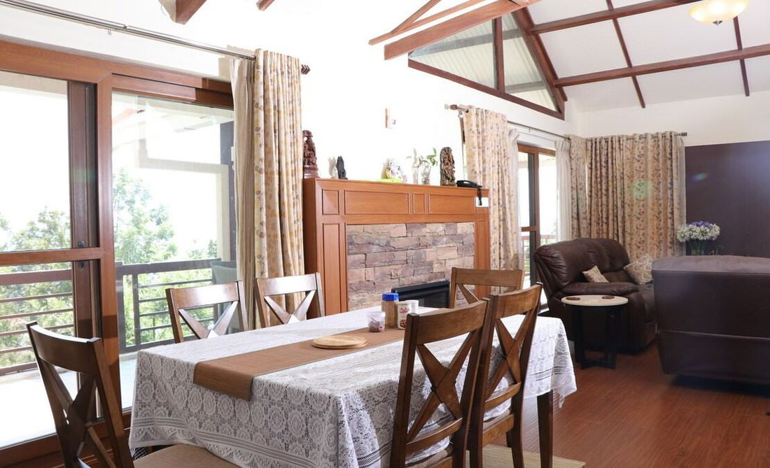 Dinning come family room