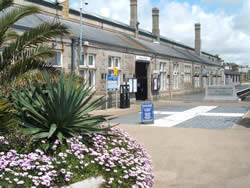 penzance train station 2008