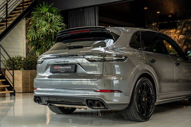 Porsche Cayenne 4.0 Turbo   Head-Up   Carbon   Panorama   3D Camera   BOSE   Trekhaak   Afwijkende stikselkleur   Stoelventilatie   NP 252.000! afbeelding 5