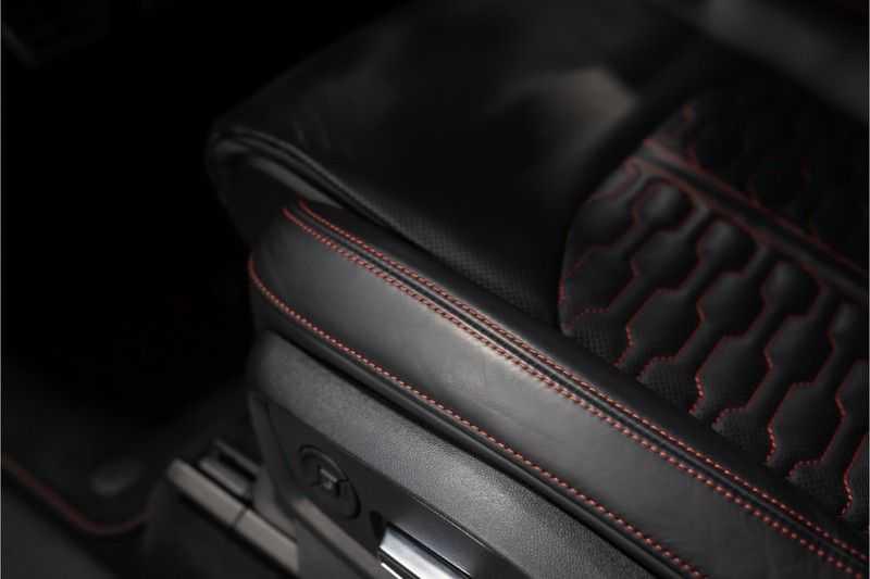 Audi RS Q8 quattro 4.0 TFSI BTW-CARBON-CERAMIC-PANO afbeelding 16