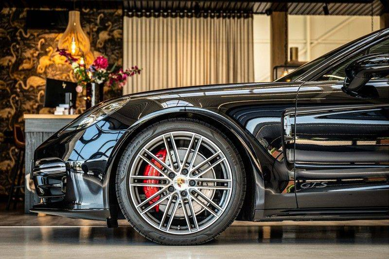 Porsche Panamera 4.0 GTS Sport Turismo | 360 | HUD | BOSE |PANO | Soft close | DAB | LED Matrix | Afstandstempomaat | Karmin Rood pakket, rood st afbeelding 19