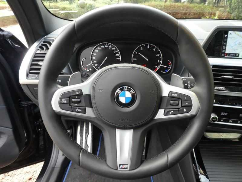 BMW X3 xDrive20i, M-sportpakket, Panorama afbeelding 24