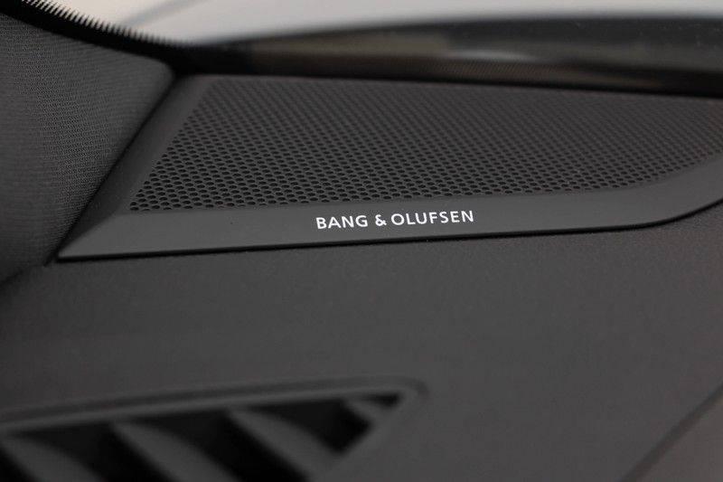 "Audi RSQ3 Sportback 2.5 TFSI 400pk Quattro Panoramadak BlackOptic B&O ValconaLeder+Memory Matrix Navi/MMI DriveSelect Keyless Trekhaak Camera 21"" Pdc afbeelding 18"