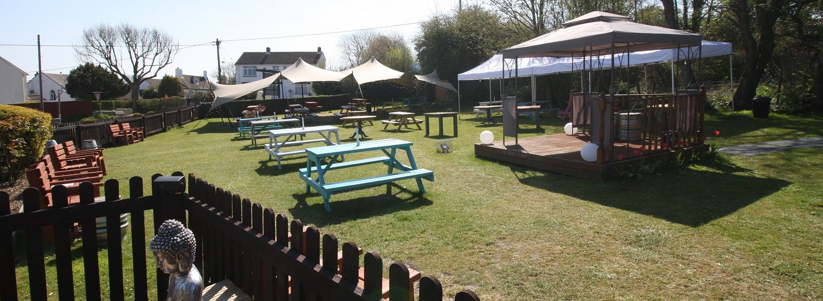 Fox & Hounds pub food, Swindon
