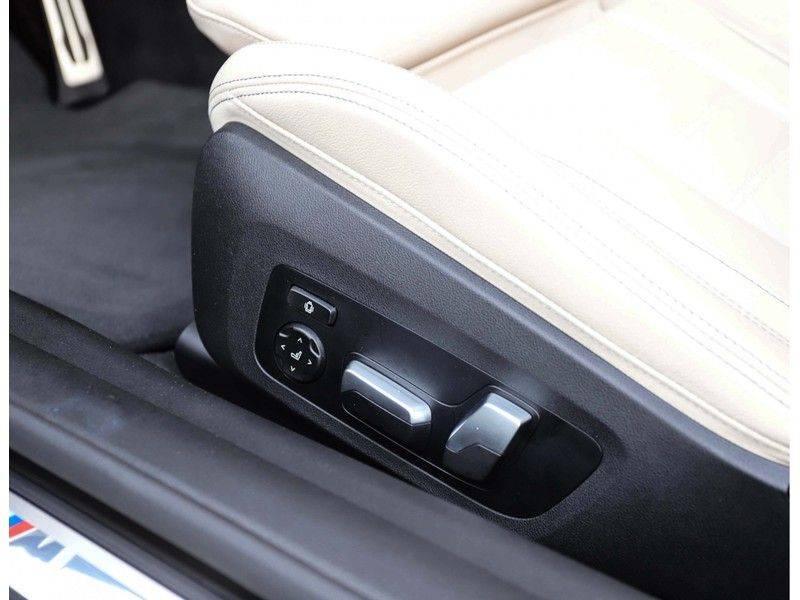 BMW 4 Serie Cabrio M440i xDrive *Trekhaak*Nekverwarming*Head-Up* afbeelding 17