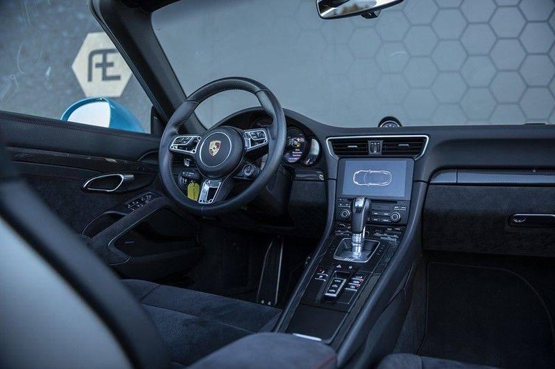 Porsche 911 GTS Carrera Cabriolet 3.0 MIAMI BLUE + SPORTUITLAAT + BTW MIAMI BLUE + SPORTUITLAAT afbeelding 4