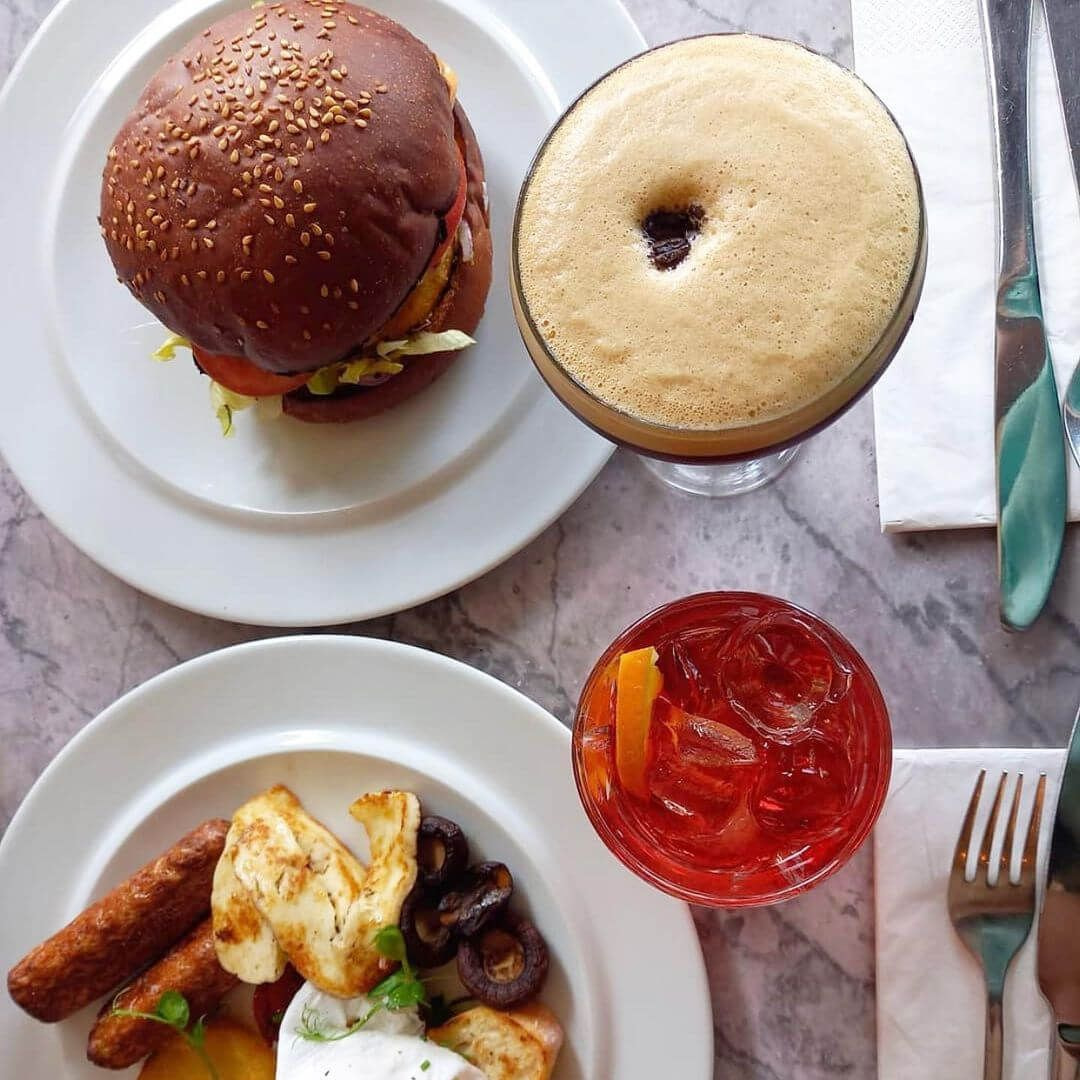 Heaney & Mill Burger and Breakfast