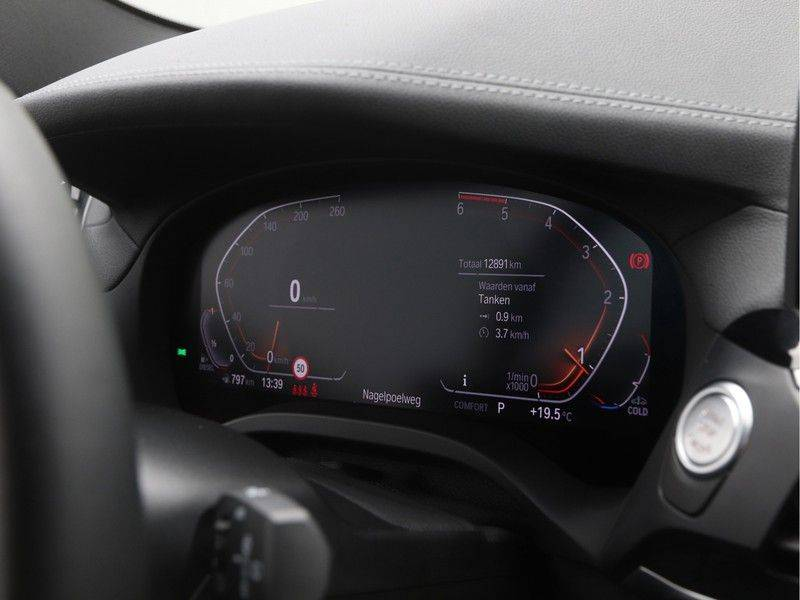BMW X3 xDrive 20d High Executive afbeelding 3