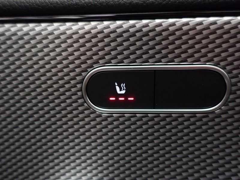 Mercedes-Benz CLA-Klasse AMG Night Edition Autom- Panodak, MBUX Widescreen, Leer, 2dkm! afbeelding 12