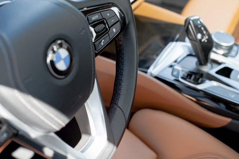 BMW 5 Serie 530d xDrive Luxury Line NW â¬100.000,- afbeelding 10
