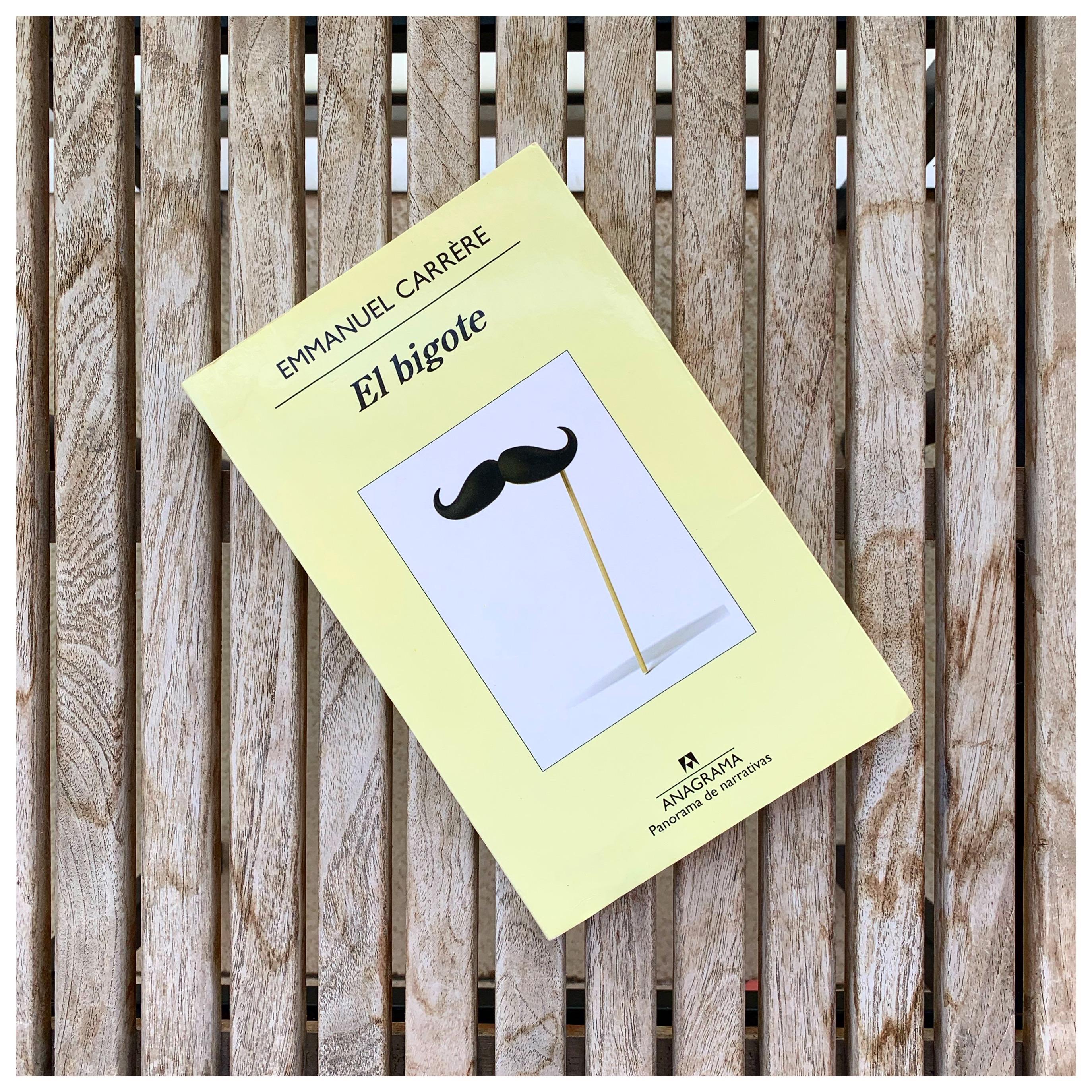 """Imagen de Reseña de """"El bigote"""", de Emmanuel Carrère."""