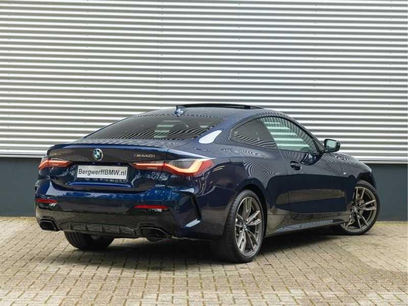 BMW 4 Serie Coupé M440i xDrive M-Sport - Head-up - Dak - Camera - DAB afbeelding 12