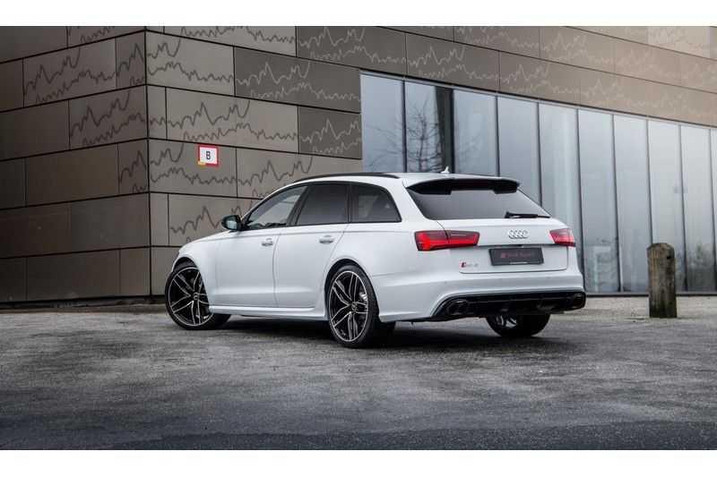 Audi A6 Avant 4.0 TFSI RS6 quattro | 560PK | Audi Exclusive | Pano.Dak | Bose Sound | Adapt.sport Onderstel | afbeelding 2
