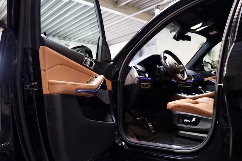 BMW X5 xDrive30d High Ex M-Sport NL|1Eig|22''|Shadow|HuD afbeelding 6