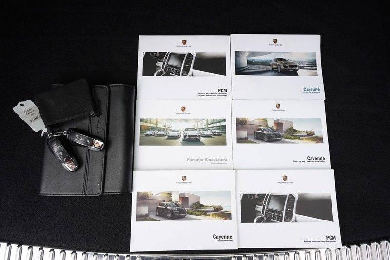 "Porsche Cayenne 3.0 D Facelift Luchtv. Pano Bose Sportchrono 21"" afbeelding 7"