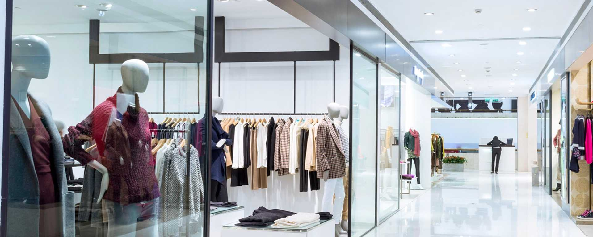 Accruent - Resources - White Papers - Navigating the New Retail Landscape - Hero