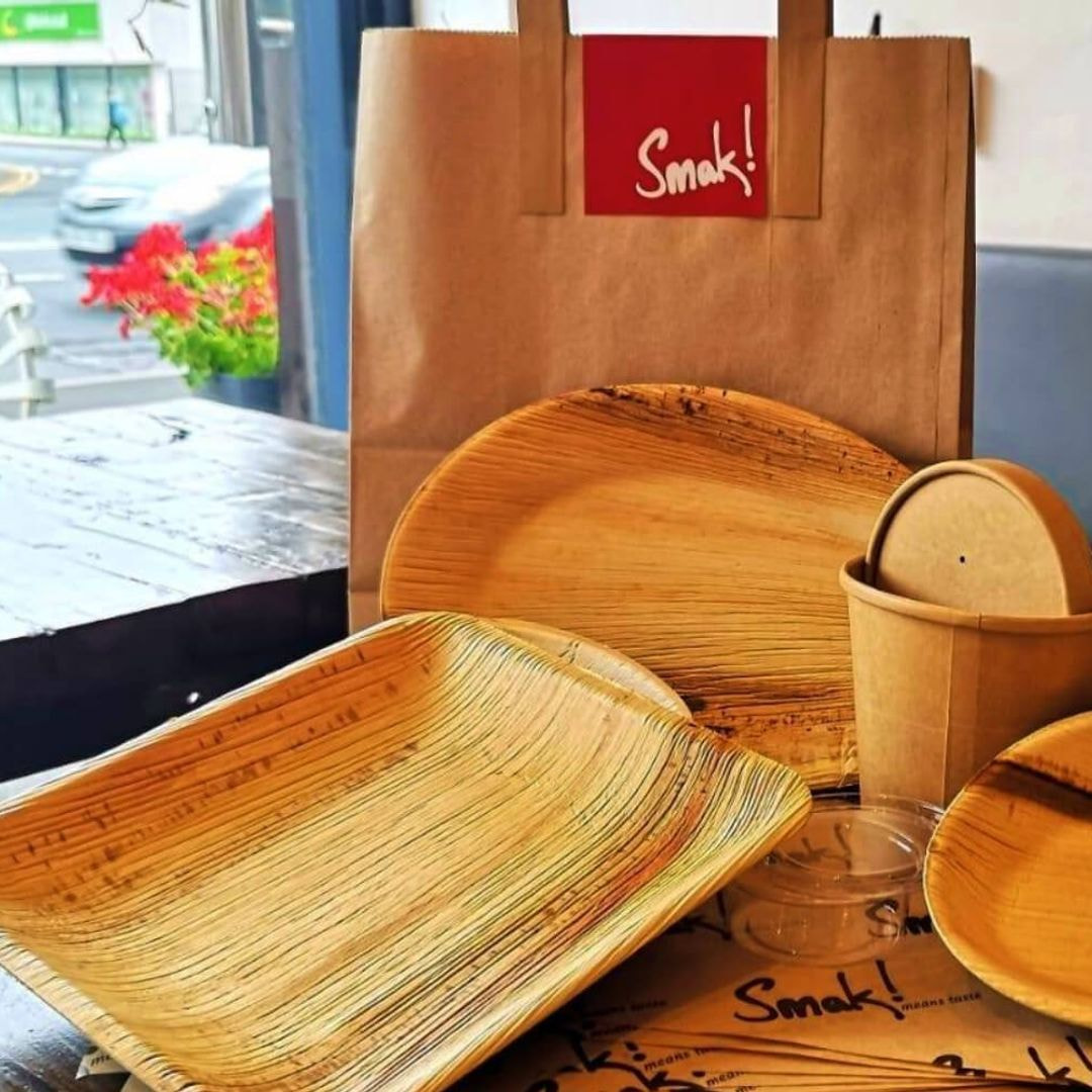 Recyclable take away containers by Smak!