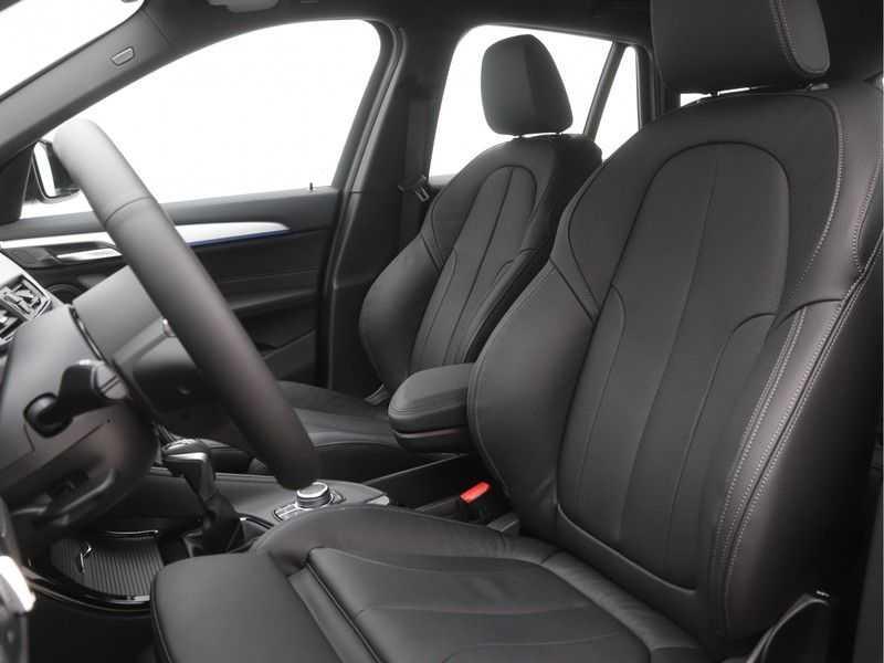 BMW X1 xDrive25e High Executive M-Sport Automaat afbeelding 3