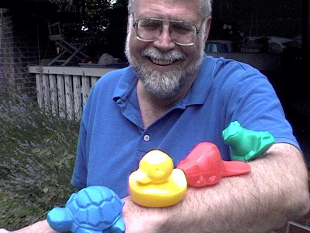 Dr Curtis Ebbesmeyer s hrdinskými hračkami