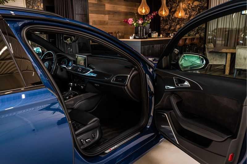 Audi RS6 Avant 4.0 TFSI quattro Performance   Ceramic   B&O   Head-up Display   Panorama   Milltek uitlaatsysteem afbeelding 13