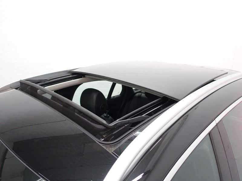 Mercedes-Benz GLC 250D 4MATIC Prestige AMG Ed Aut- Pano, Burmester, Leer, Camera, Full! afbeelding 3