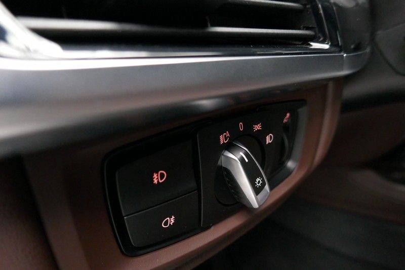 BMW X5 M50d B&O - Panoramadak afbeelding 25