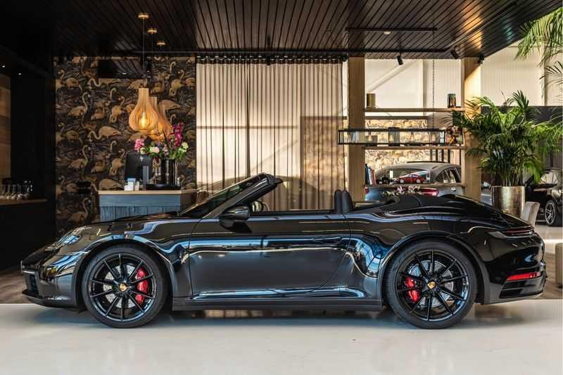 Porsche 911 Cabrio 3.0 Carrera S |Sport Chrono | Sportuitlaat | PDLS | GT-sportstuurwiel | Entry & Drive afbeelding 9