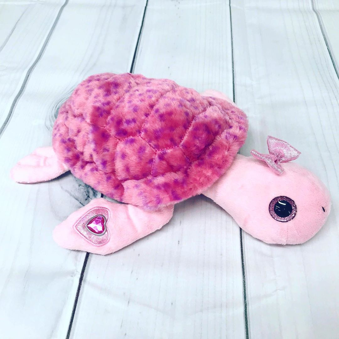 The Petting Zoo: Have you seen our confetti turtles? They come in pink and blue, and are part of a collection with penguins and seals too! Visit pettingzooplush.com for more 💗happy friday!