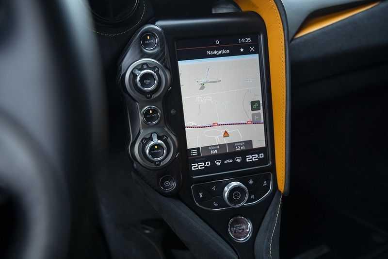 McLaren 720S 4.0 V8 Performance BTW + CF INTERIOR + LIFTING + SOFT CLOSE afbeelding 16