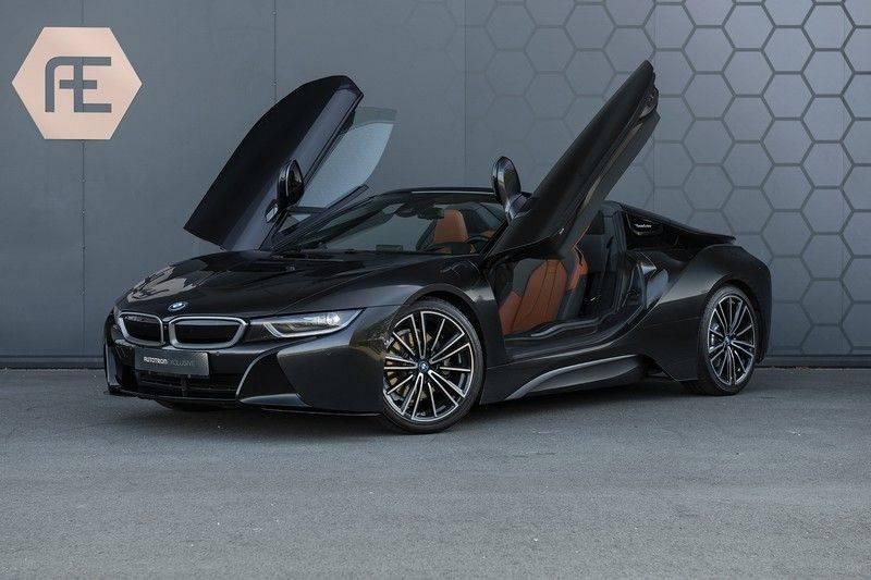 BMW i8 Roadster Dry Carbon, Carbon interieur afwerking, Accaro fijn nappa leder, Progressive package , Laser LED Koplampen afbeelding 1