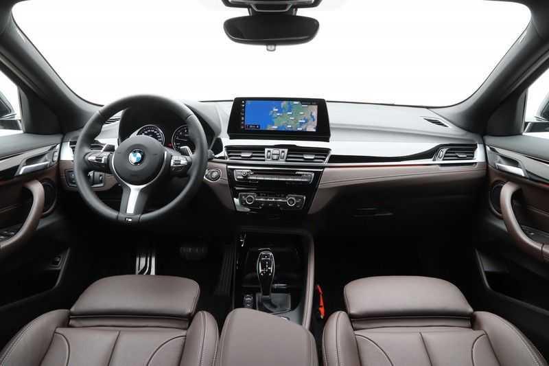 BMW X2 sDrive20i High Exe Aut. afbeelding 22