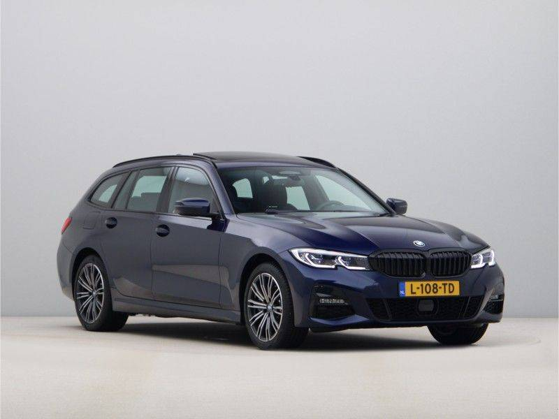 BMW 3 Serie 330Xe Touring High Exe M-Sport afbeelding 7