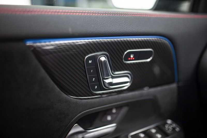 Mercedes-Benz GLA 200 AMG Line *Pano / HUD / Memorystoelen / 360 Cam / Burmester* afbeelding 21