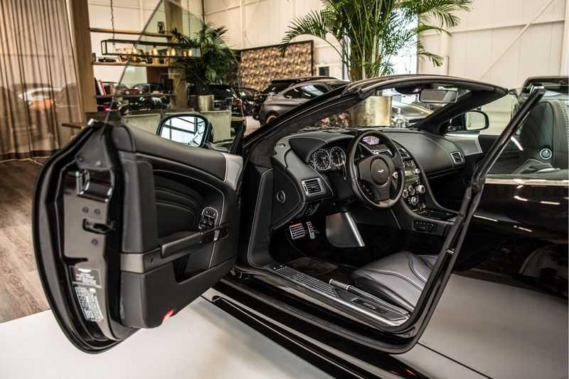 Aston Martin DBS Volante 6.0 V12 Black Carbon Edition afbeelding 15