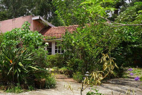 Kenilworth Bungalow - Old English Villa for Sale in Coonoor - House for sale in Sims Park, Coonoor