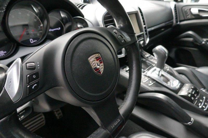 Porsche Cayenne 4.8 S Panoramadak afbeelding 20