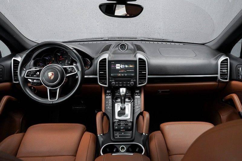"Porsche Cayenne 3.0 D Pano Camera Led Luchtvering 21"" afbeelding 2"