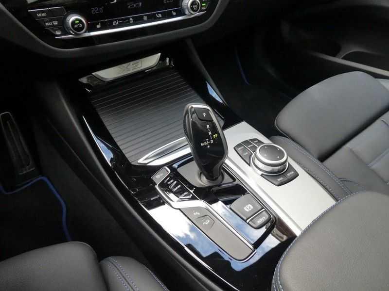 BMW X3 xDrive20i, M-sportpakket, Panorama afbeelding 25