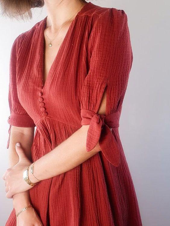 Robe légère rouge manches noeuds