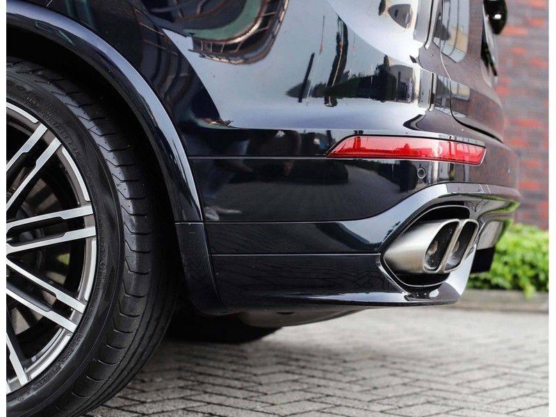 Porsche Cayenne Turbo *SportDesign*Pano*360cam*Chrono*Soft-Close* afbeelding 21