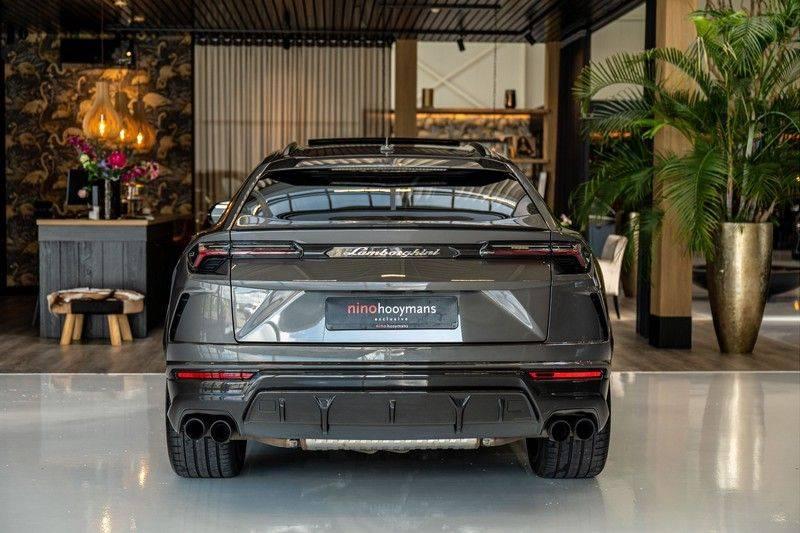 Lamborghini Urus 4.0 V8   Carbon interieur   Carbon exterieur   B&O 3D   Head-Up Display   Panorama   Massage   Ventilatie afbeelding 4