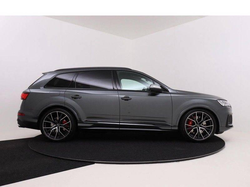 Audi Q7 4.0 TFSI SQ7 quattro 7p 507PK | S-Line | Pano.Dak | 360 Camera | B&O Sound | Keyless-Entry | S-Sportstoelen | Assistentie Tour-City-Parking | 7 Persoons afbeelding 9