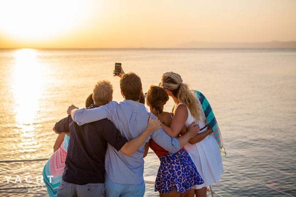 Sailing holidays in Greece make the perfect family holiday