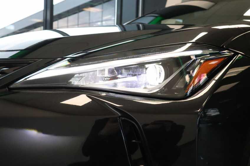 """Lexus UX 250h F Leder Navigatie Clima Cruise Camera Elektr. Klep 18""""LM *tot 24 maanden garantie (*vraag naar de voorwaarden) afbeelding 18"""