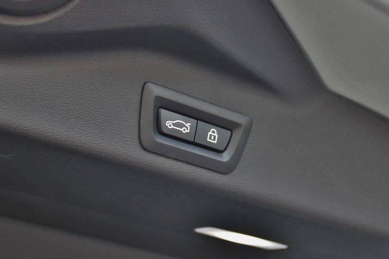 BMW X5 M Competition 4.4 V8 626pk **Pano./ACC/Elek.Trekhaak/HUD/Softclose** afbeelding 14