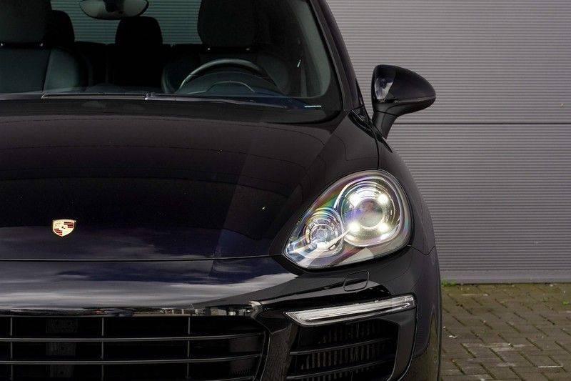 "Porsche Cayenne 3.0 D Facelift Luchtv. Pano Bose Sportchrono 21"" afbeelding 14"