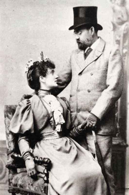 A photograph of Jeanne Rozerot, Zola's second wife, and Emile Zola