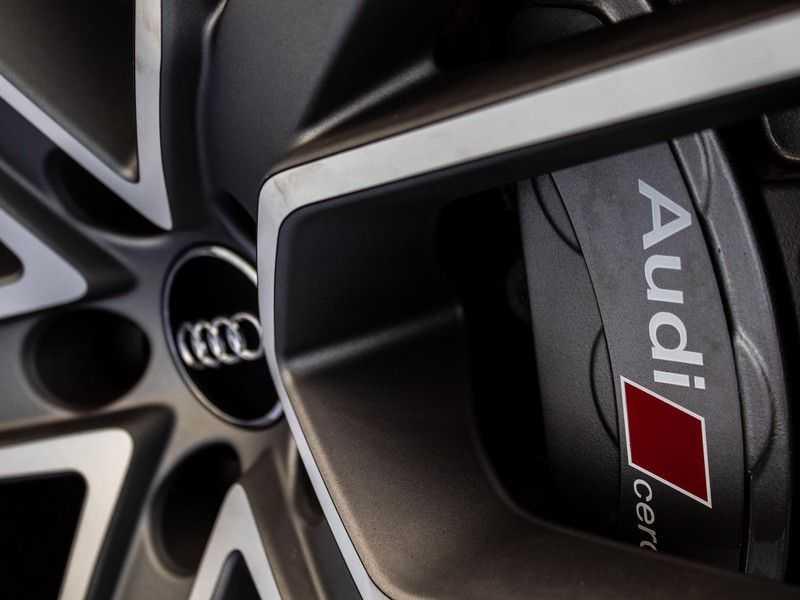 Audi A6 Avant 4.0 TFSI RS6 quattro perfomance | Dynamiekpakket plus | Carbon Optiek | B&O advanced | RS-sportuitlaat | DAB+ | Head-up display | Alcantara Hemel | Pano dak | Nachtzicht | afbeelding 16