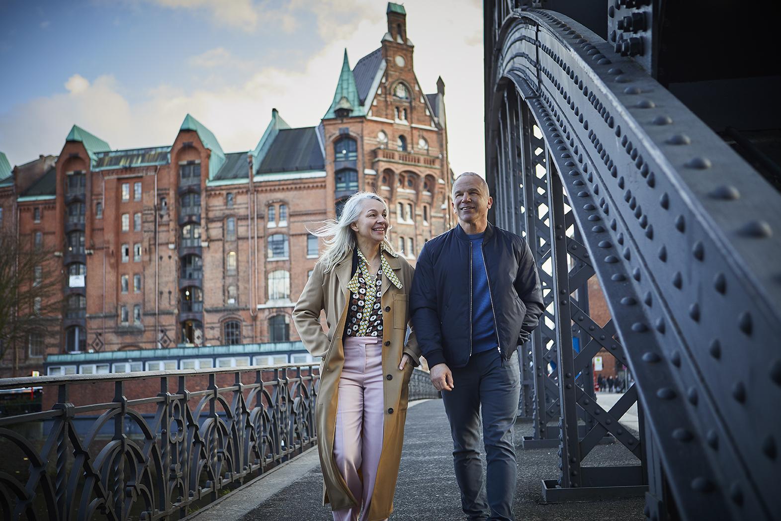 Lin and Patrick on a Hamburg bridge.
